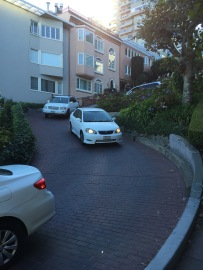 Autos in der Lombard Straße
