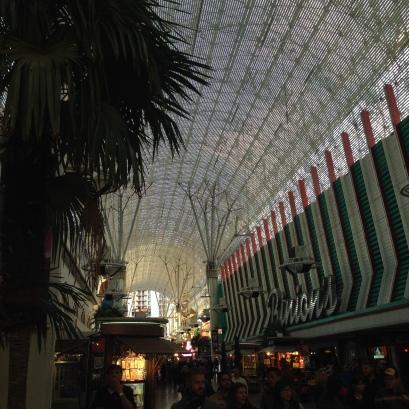 Attraktion, Touristenattraktion, Sehenswürdigkeit, Fremont Street Experience, Las Vegas, Downtown, Mall, Decke, Licht
