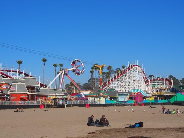 Santa Cruz Boardwalk, Fireball, Achterbahn, Fahrgeschäft, Strandpromenade, USA, Kalifornien