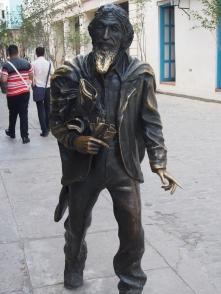 """El Caballero de Paris"", statue, Havanna, Kuba, Jose Maria Lopez-Lledin."