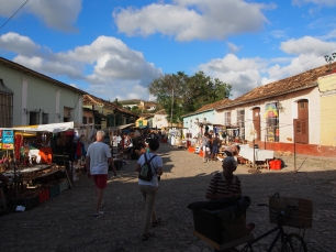 Flohmarkt, Ladenstraße, Trinidad, Kuba, Markt