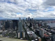 Seattle, Sightseeing, Besichtigung, Stadtbesichtigung, Stadtrundfahrt, Stadttour, Sehenswert, Sehenswürdigkeit, Smaragdstadt, Evergreen, USA, Westküste, Kurztrip, Wochenendausflug, Wochenendtrip, Ausflug, Ausflugsziel, was machen in Seattle, Wetter, Besichtigung, Space Needle, Blick auf die Skyline
