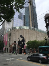 Hammering Man, Seattle, Kurztrip, Wochenendtrip, Wochenendausflug, Ausflug, Ausflugsziel, Besichtigung, Stadtbesichtigung, Stadtrundfahrt, was machen in Seattle, Besuch, Rundtour, Stadttour